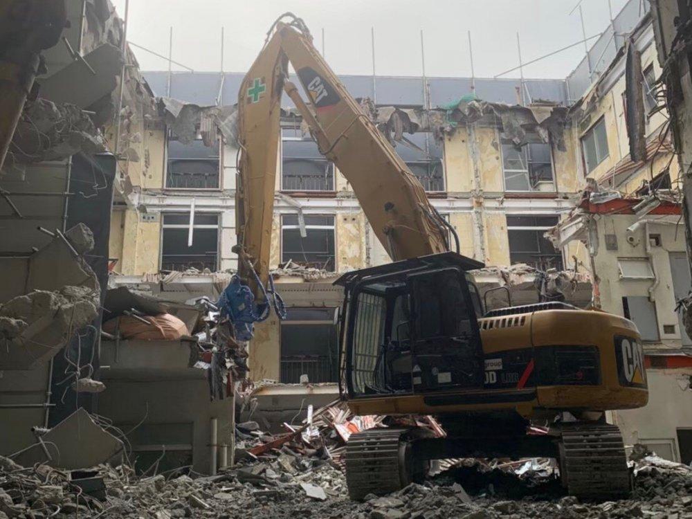 板橋区泉町 マンション解体