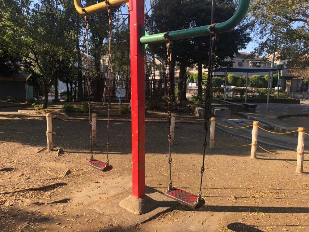 東京都杉並区和泉の公園解体工事 施工事例