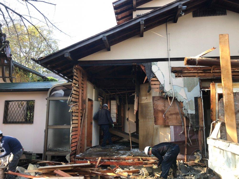 東京都世田谷区成城の木造家屋2棟解体工事 施工事例