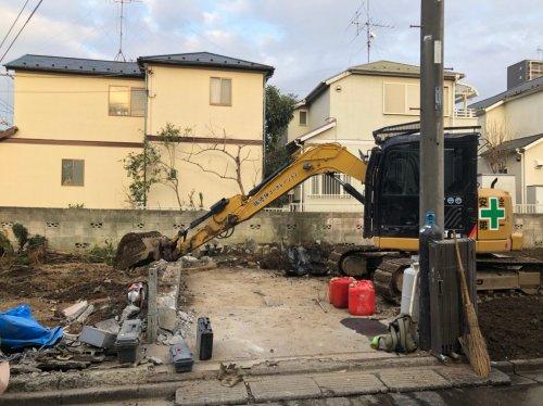 埼玉県さいたま市大宮区解体工事 施工事例家屋の基礎解体中