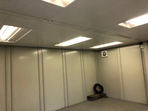 埼玉県和光市白子のプレハブ移設移設前のプレハブの内装
