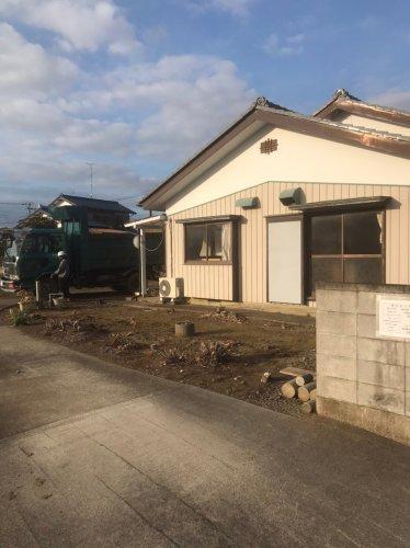 埼玉県鴻巣市赤城 木造2階建て解体工事瓦下ろし工事