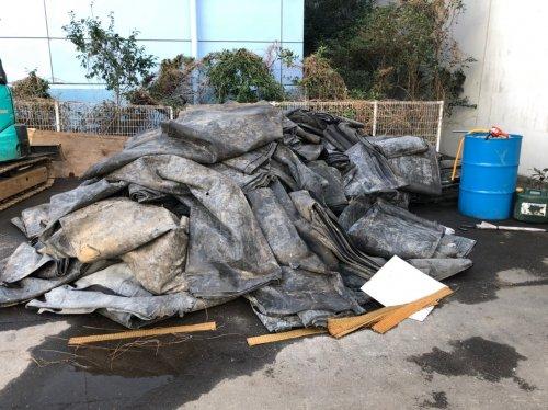 川崎市川崎区 アスファルト解体浄化槽の解体