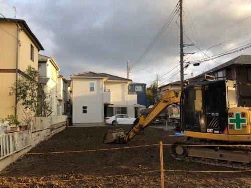 大宮区三橋 木造住宅解体コンクリート基礎解体工事後の整地作業