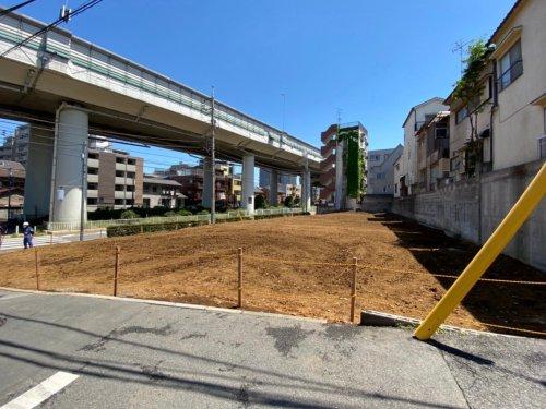 板橋区泉町 マンション解体マンション解体工事後の整地作業