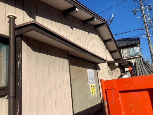 岐阜県各務原市蘇原沢上町の木造平家建解体工事木造平家の解体工事前の様子