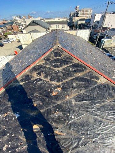 愛知県名古屋市瑞穂区中根町の軽量鉄骨造住宅解体工事 施工事例軽量鉄骨造住宅の瓦下ろし