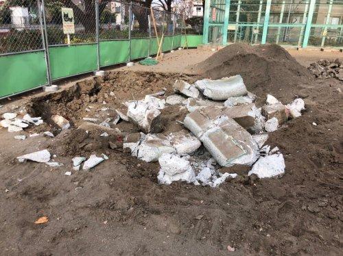 東京都杉並区和泉の公園解体工事 施工事例公園改修に伴う砂場の解体工事
