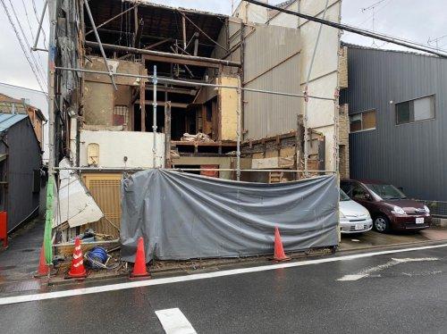 愛知県名古屋市西区則武新町の木造2階建解体工事 施工事例手壊しによる木造住宅解体工事