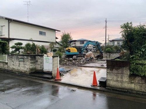 埼玉県蓮田市椿山の木造2F住宅解体工事 施工事例重機による木造住宅解体工事